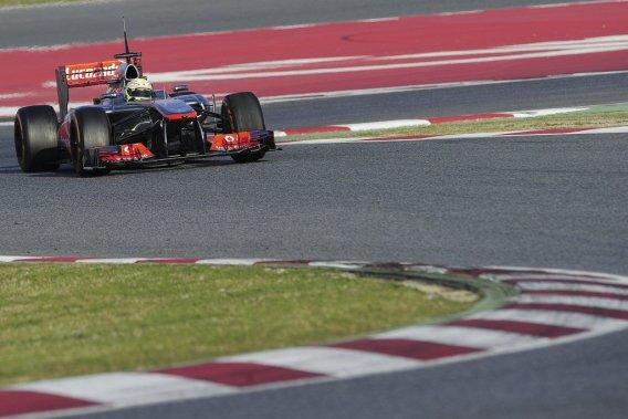 Le nouveau-venu mexicain chez McLaren, Sergio Perez, a signé le meilleur temps de la deuxième journée d'essais sur le circuit de Catalunya, mercredi.