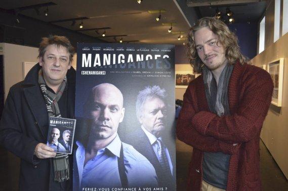 Maxime Leflaguais, ici aux côtés du scénariste Ghislain O'Prêtre, a participé au lancement du DVD de la première saison de Manigances. (Photo: Herby Moreau, La Presse)