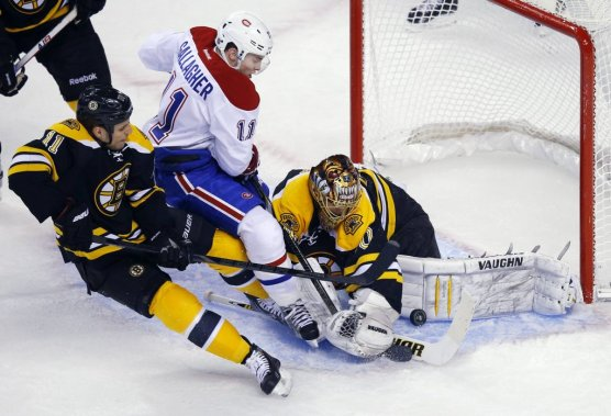 Le canadien vient bout des bruins marc antoine godin hockey for Gallagher swimming pool hamilton