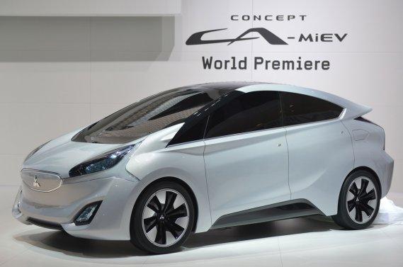 Le concept Mitsubishi CA-MiEV, un multisegment compact hybride diesel, a été l'un des rares véhicules verts à être dévoilés cette année au Salon de l'auto de Genève.