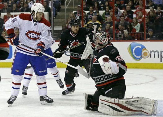 Brandon Prust a marqué le premier but du Canadien. (Photo Gerry Broome, Associated Press)