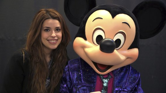 La chanteuse Marilou en compagnie de Mickey (Photo: Herby Moreau, La Presse)