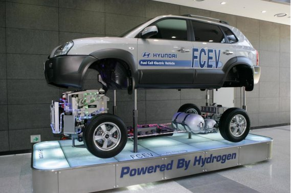 Hyundai travaille à la mise au point d'un Tucson à pile à combustible alimenté à l'hydrogène.
