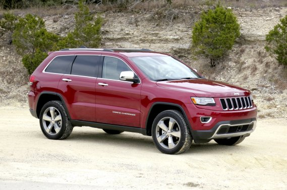 Le Jeep Grand Cherokee 2014 a légèrement été retouché.