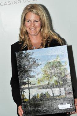 Renée Latour, propriétaire Club de chasse et pêche Stramond, a remporté le prix dans la catégorie Hébergement - pourvoiries. (Martin Roy, LeDroit)
