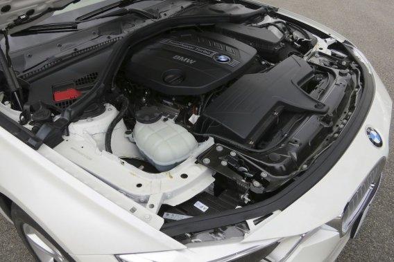 BMW met à l'essai un moteur à trois cylindres dans une Série1.