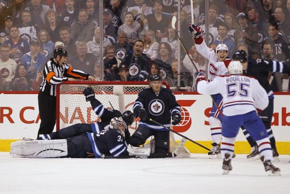 Le Canadien célèbre le but de Rene Bourque. (Photo PC)