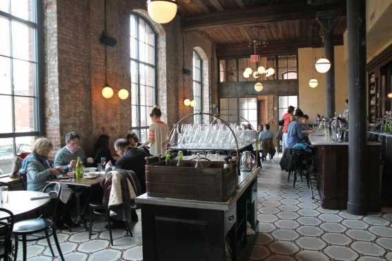 Brooklyn par quartiers m lanie roy tats unis for Salle a manger montreal restaurant