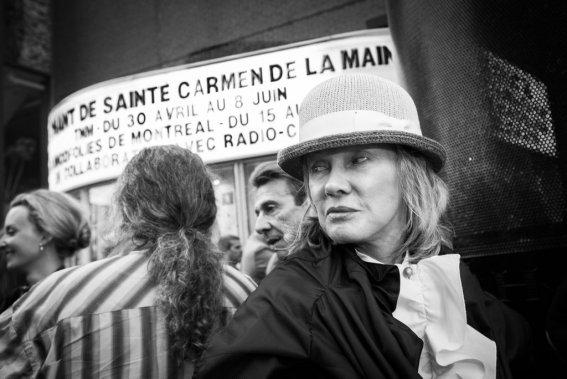 Diane Dufresne nous a dit que c'était un privilège d'assister à la première de cette oeuvre: «Je suis sûre que ça va être fantastique!» (Photo: Olivier Pontbriand, La Presse)