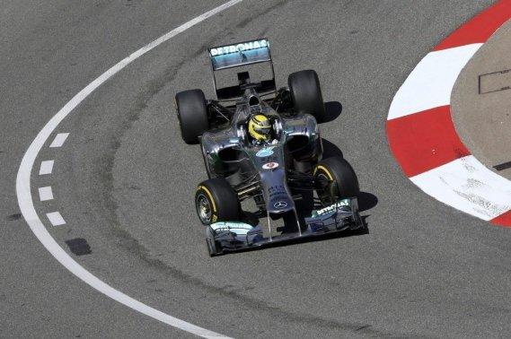 Nico Rosberg vient d'enchaîner deux positions de tête à Bahreïn et en Espagne.