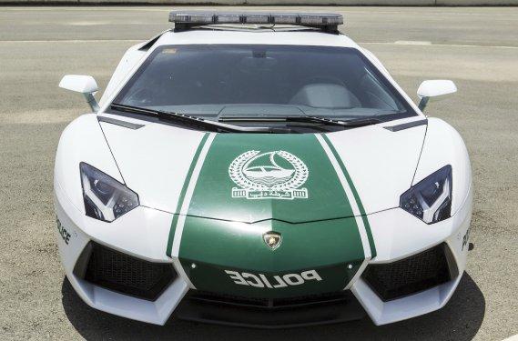 La police de Dubaï vient de se procurer cette Lamborghini Aventador (Photo fournie par la police de Dubaï)