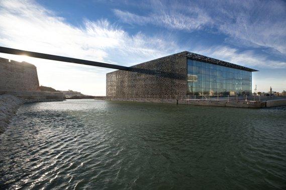 MuCEM, le musée dédié aux peuples du pourtour méditerrannéen. (Photo: Office de tourisme et des congrès de Marseille)