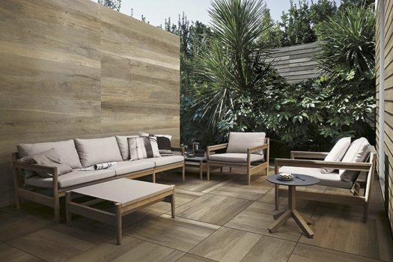 Des carreaux qui imitent le bois, Modèle Woodside, chez Ramacieri Soligo. (Photo fournie par Ramacieri Soligo)
