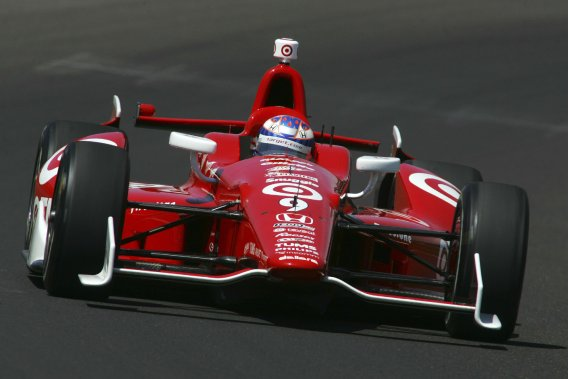 Scott Dixona devancé ses coéquipiers chez Ganassi Racing Charlie Kimball et Dario Franchitti.
