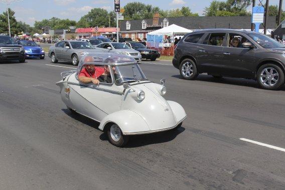 On voit de tout au Dream Cruise, même une rare Messerschmitt des années cinquante. (Photo Éric Descarries, collaboration spéciale)