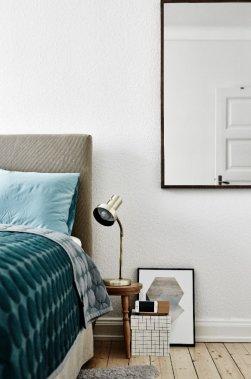 Jeux de textures et détails graphiques dans la chambre à coucher. (Photo Andrea Papini)