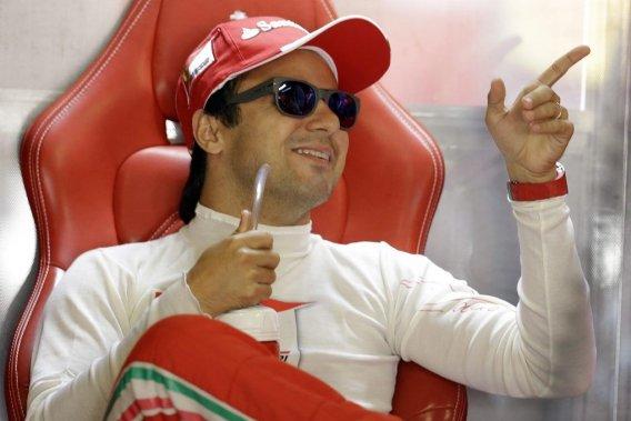 Luca di Montezemolo,le grand patron de Ferrari, a déclaré que Felipe Massa (notre photo) pourrait demeurer en poste ou que l'équipe pourrait se tourner vers un autre pilote.