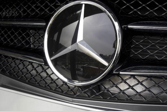 Daimler, fabricant des Mercedes-Benz, compte fabriquer d'ici la fin de la décennie la moitié de ses voitures en Allemagne, contre «les deux tiers aujourd'hui», selon un porte-parole.