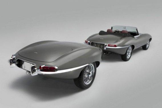 Classic a pris deux arrières de Jaguar pour façonner une remorque calquant la malle arrière de la voiture.