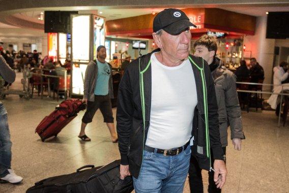 Vito Rizzuto, de retour de République Dominicaine, à l'aéroport de Montréal. (LA PRESSE, EDOUARD PLANTE-FRÉCHETTE)