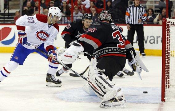 Max Pacioretty fait vibrer les cordages pour le Canadien en première période. (Photo Karl B DeBlaker, AP)