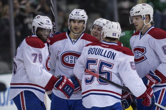 P.K. Subban (76), Brendan Gallagher (11), Francis Bouillon (55) et Lars Eller (81) célèbrent le but de Max Pacioretty (67) au cours de la troisième période. (Photo Jerome Miron, USA TODAY Sports)