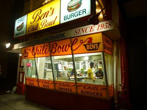 Ben's Chili Bowl est un restaurant fort populaire à Washington. (Photo Catherine Schlager, La Presse)