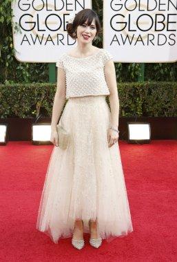 Zooey Deschanel de la télésérie New Girl vêtue d'une tenue signée Oscar de La Renta. (Photo MARIO ANZUONI, Reuters)