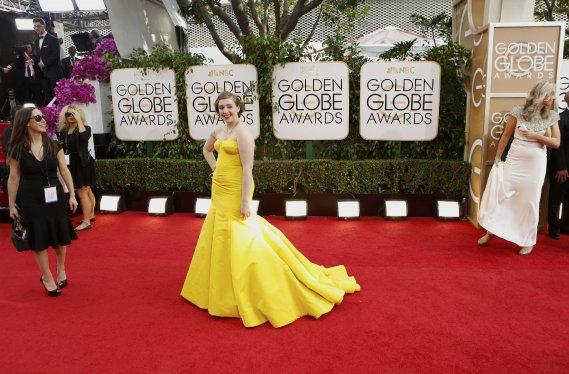 L'auteure et actrice principale de la série télé Girls. Elle porte une robe Zac Posen. (Photo MARIO ANZUONI, AP)