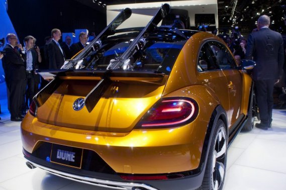 La Volkswagen Beetle Dune était à Detroit au kiosque du constructeur.