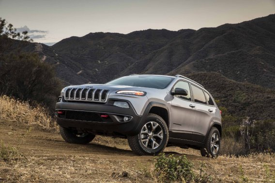 Le Jeep Cherokee vu de face (Photo fournie par Chrysler)
