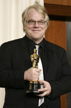 Philip Seymour Hoffman et son Oscar qu'il a remporté pour son rôle dans «Capote» en mars 2006. (Photo: archives Reuters)