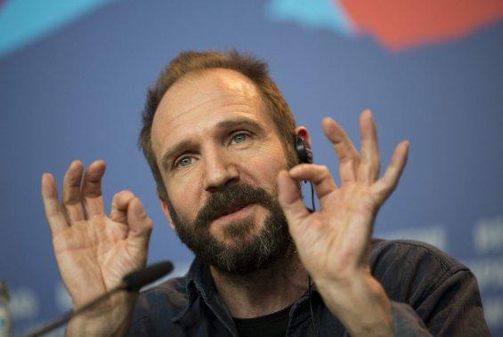 Jeudi 6 février : Ralph Fiennes répond aux questions des journalistes. (Photo: Ap)