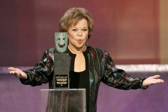 Shirley Temple recevait un Screen Actors Guild's Life Achievement Award en janvier 2006. (Photo: archives Reuters)