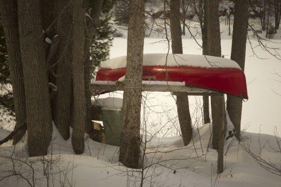 Dans la légende de la chasse-galerie, les bûcherons vont retrouver leurs petites amies à bord d'un canot volant. (Photo Ivanoh Demers, La Presse)