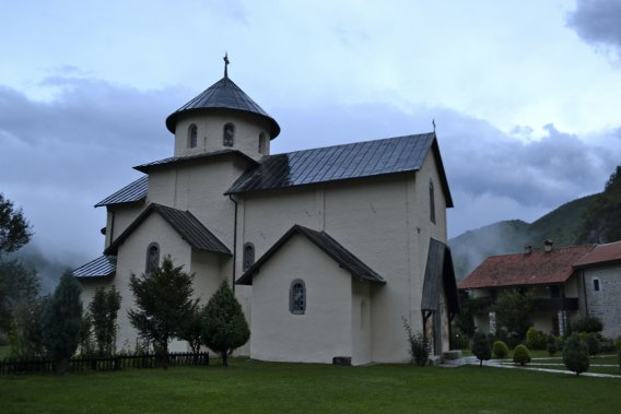 Le Monastre de la Moraca, au nord de Podgorica. (Photo Violaine Ballivy, La Presse)
