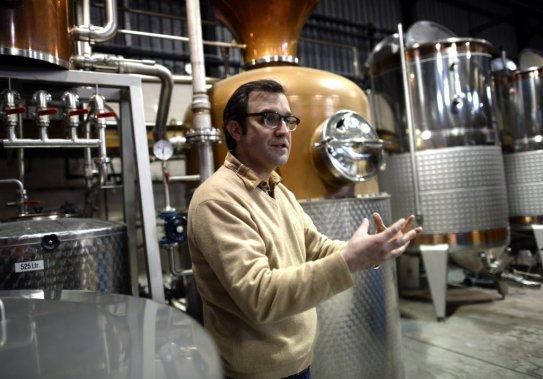 Allen Katz, 42 ans, voulait «faire des produits qui ont du sens dans le monde du cocktail», dont il est l'un des gourous. (Photo TIMOTHY A. CLARY, AFP)