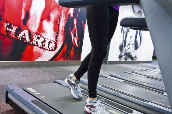 Au Hard Candy Fitness Toronto, qui rassemble des mordus de la forme physique, le rouge et les images de Madonna dominent. (Photo fournie par Hard Candy Fitness Toronto)