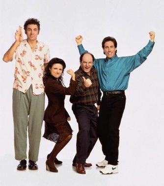 Le normcore puise notamment dans les tendances des années 90, dont la série Seinfeld était emblématique. (Photo fournie par la production)