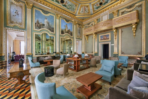 Un salon du Palacio do Freixo, à Porto. (Photo fournie par le Groupe Pestana)