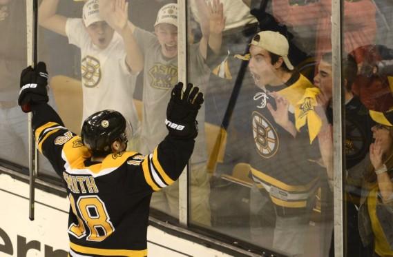 Le but Reilly Smith a déclenché une explosion de joie chez les partisans des Bruins. (Photo Bernard Brault, La Presse)