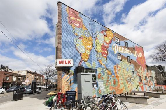 Le secteur abrite plusieurs artistes multidisciplinaires qui laissent aller leur créativité tant dans la rue que dans les locaux prévus à cet effet. (Photo Edouard Plante-Fréchette, La Presse)