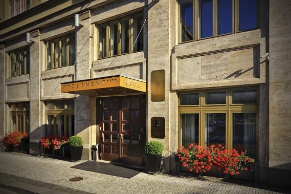 L'hôtel Clément propose 77 chambres réparties sur 8 étages, dont certaines avec balcons donnant sur la vieille ville. (Photo Stéphanie Morin, La Presse)