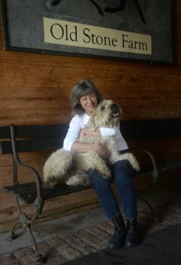 Sherry Kahn et son chien Bouddha. (Photo Bernard Brault, La Presse)