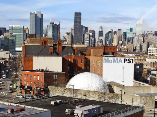 La pavillon du MoMaà Long Island présente des expositions temporaires d'art contemporain. (Photo Verónica Pérez-Tejeda, La Presse)
