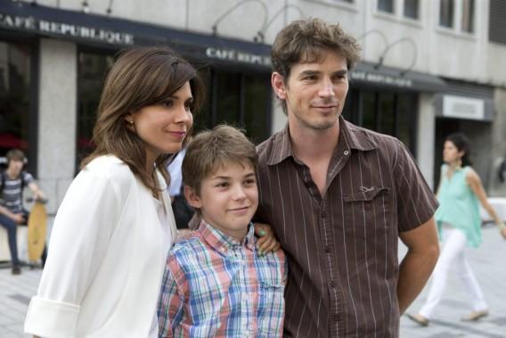 Julie Perreault avec son conjoint, le comédien Sébastien Delorme, et leur fils. (Photo: Olivier Jean, La Presse)