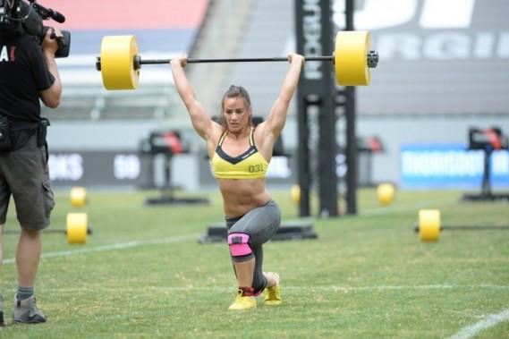 La Québécoise Camille Leblanc-Bazinet a remporté les championnats mondiaux de Crossfit, dimanche. (Photo tirée de Twitter)