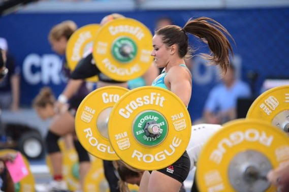 La Québécoise Camille Leblanc-Bazinet a remporté les championnats mondiaux de Crossfit qui se sont terminés dimanche en Californie, devenant ainsi la «femme la plus en forme de la planète». (Photo tirée de Facebook)