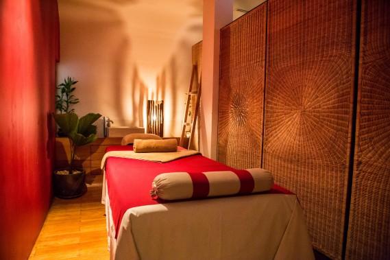 48 heures phnom penh m lanie marquis asie - Salon de massage a colmar ...