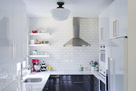 La cuisine a été refaite au grand complet. Les armoires sont signées Ikea. Elles ont été choisies pour leur qualité de fabrication et leur prix abordable. (Photo Edouard Plante-Fréchette, La Presse)